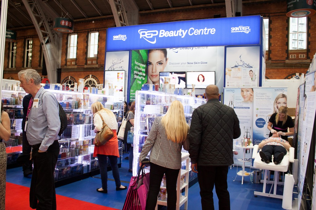 Professional Beauty North, Manchester, 19-20 October 2014 image30